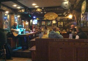 Live traditional Irish music at Gogarty's before the crowds!