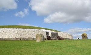 Ireland_Newgrange