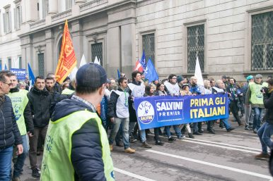 MilanStreetProtests-2